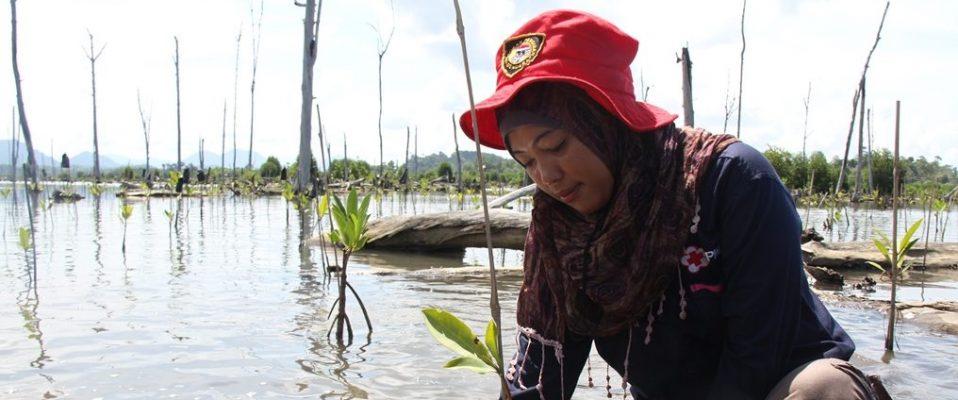 PMI Volunteer, Elisa Panjaitan (c) Anggun Permana Sidiq - PMI