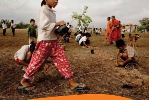 Effective law and regulation for disaster risk reduction: a multi-country report