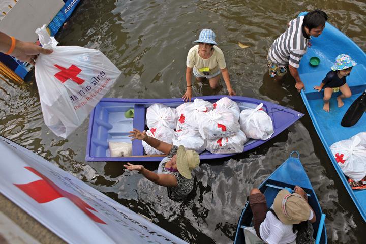thailand-flood-2011-12
