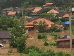 Parts of Lao PDR have been inundated by floods due to heavy rains and the arrival of Tropical Storm Dianmu. Photo Credit: Lao Red Cross