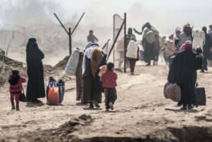 New Wall Order: How Barriers to Basic Services Turn Migration into a Humanitarian Crisis