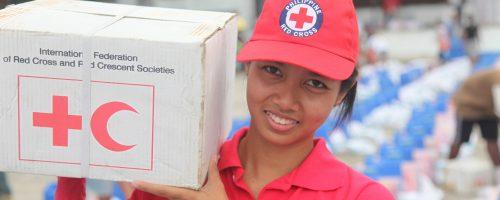 Typhoon Bopha Volunteers assisting community Philippines 2013