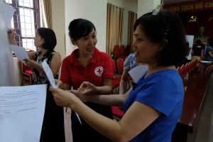 The Viet Nam Red Cross Society (VNRC), with support from the French Red Cross and the International Federation of Red Cross and Red Crescent Societies (IFRC), organized the Gender and Diversity Mainstreaming in Emergencies Training for all VNRC departments on 28 Oct 2016.