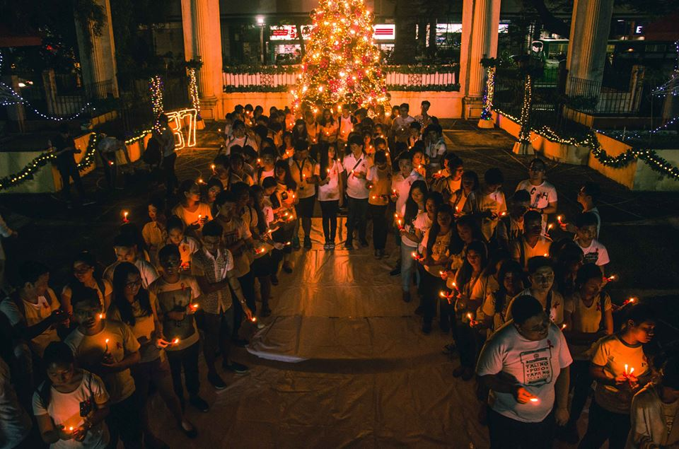 candle-lighting-ceremony-worldaidsday1dec2016-philippinesredcross